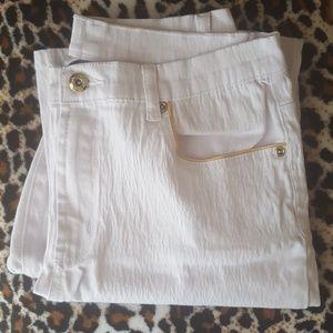 DG2 off white jeans